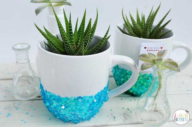 How-To: Decorative Glittered Mugs