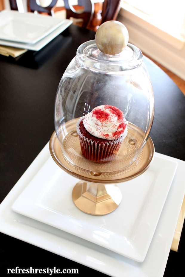 How-To: DIY Cupcake Cloche