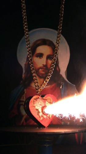 How's this for passionate? Artist and jewelerAurelie Dellasantaproduced a series of pyrotechnic pieces of jewerly including thissacred heart pendant, which shoots sparks from its center when activated!