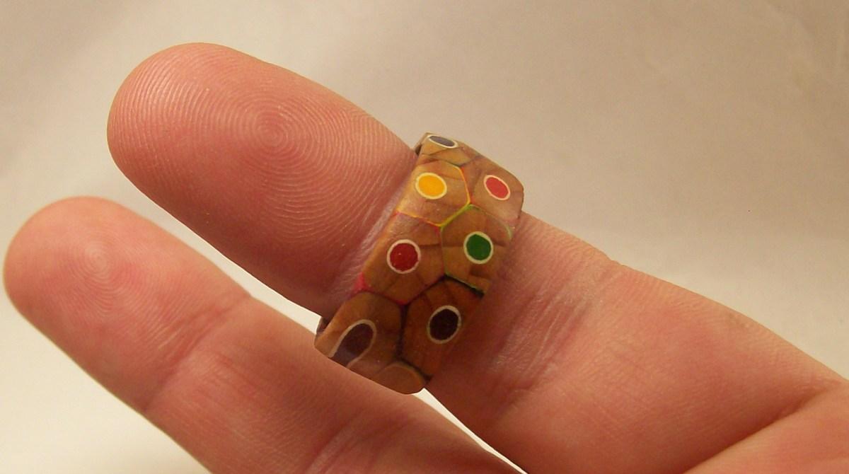 Colored Pencils Become Unique Jewelry