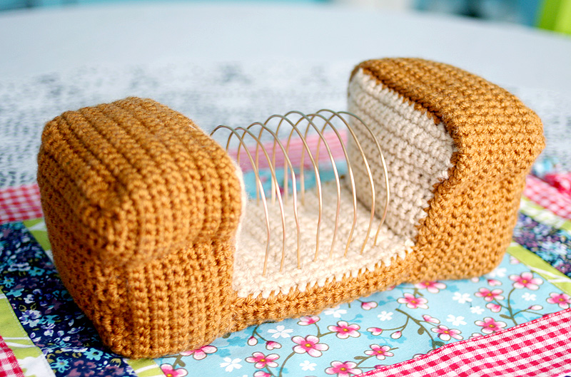 How-To: Crochet A Bread Loaf Letter Organizer
