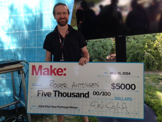 Smart Juggling Balls wins Pitch for Prototypes Competition