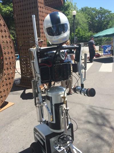 """Hot Shot the robot says """"Hi!"""""""