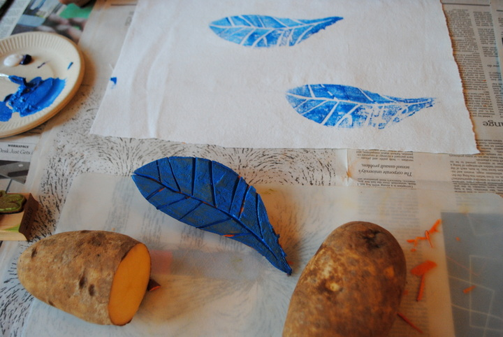 How-To: Fabric Printing With Veggies