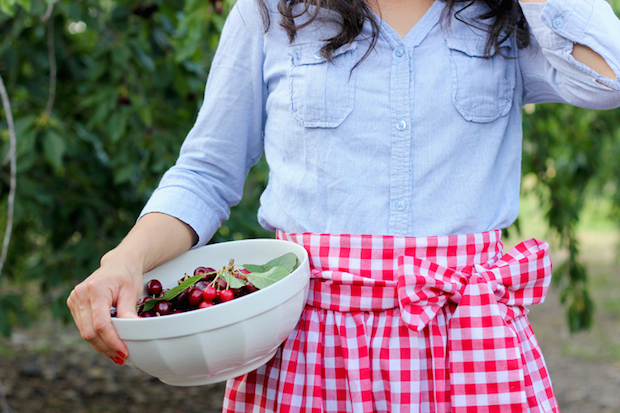 How-To: Simple Gathered Half Apron