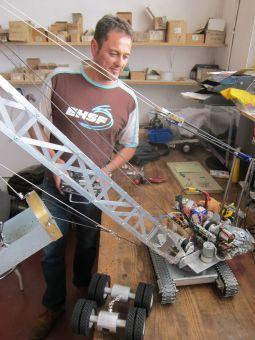 Rafa Moro Catanedo, ex - mechanic / carpenter, working on his RC crane