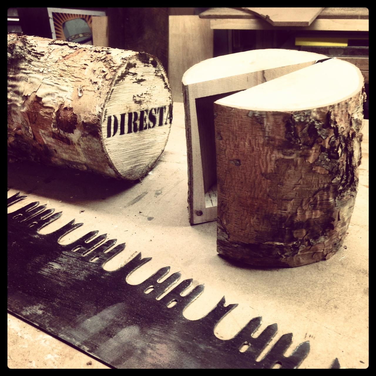 DiResta: Mini Log Chest