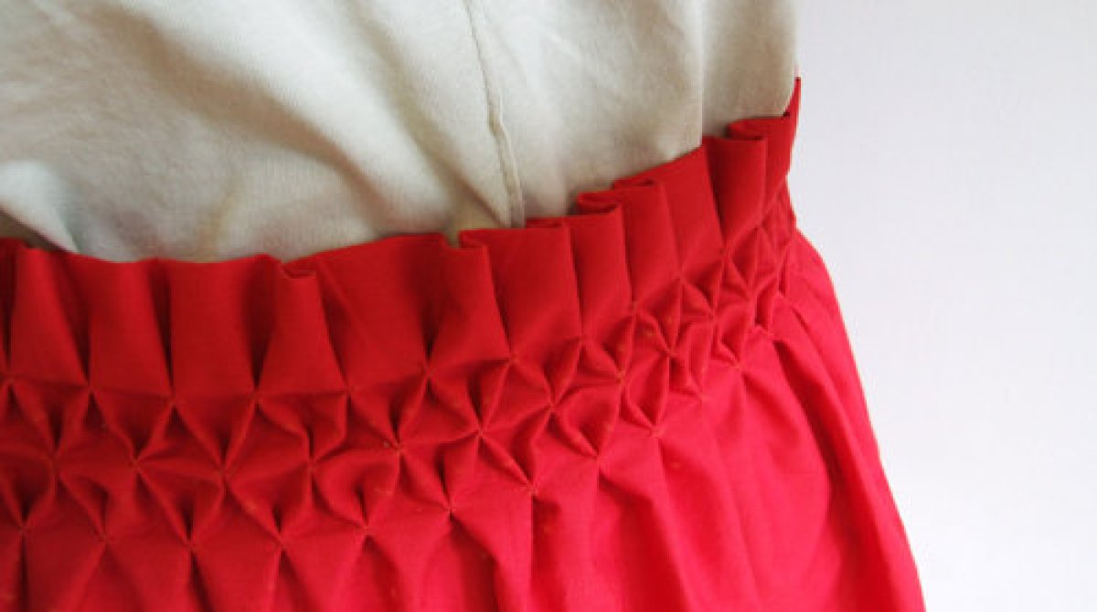 Sewing Tips: Smocking a Honeycomb Texture