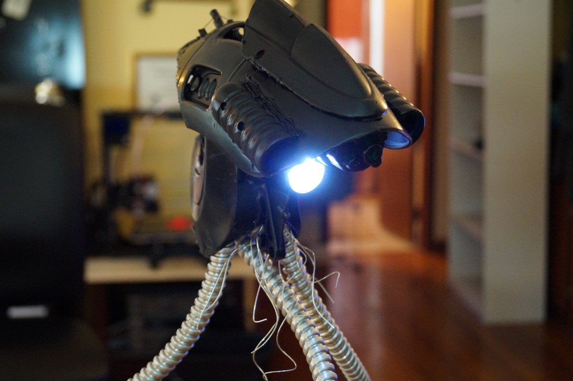 Forget Your Fancy Tools. Awesome War Of The Worlds Tripod Lamp for