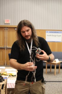 Nate Yost (of All Hands Active) demos a Back Yard Brains 2 Channel EMG SpikerBox.