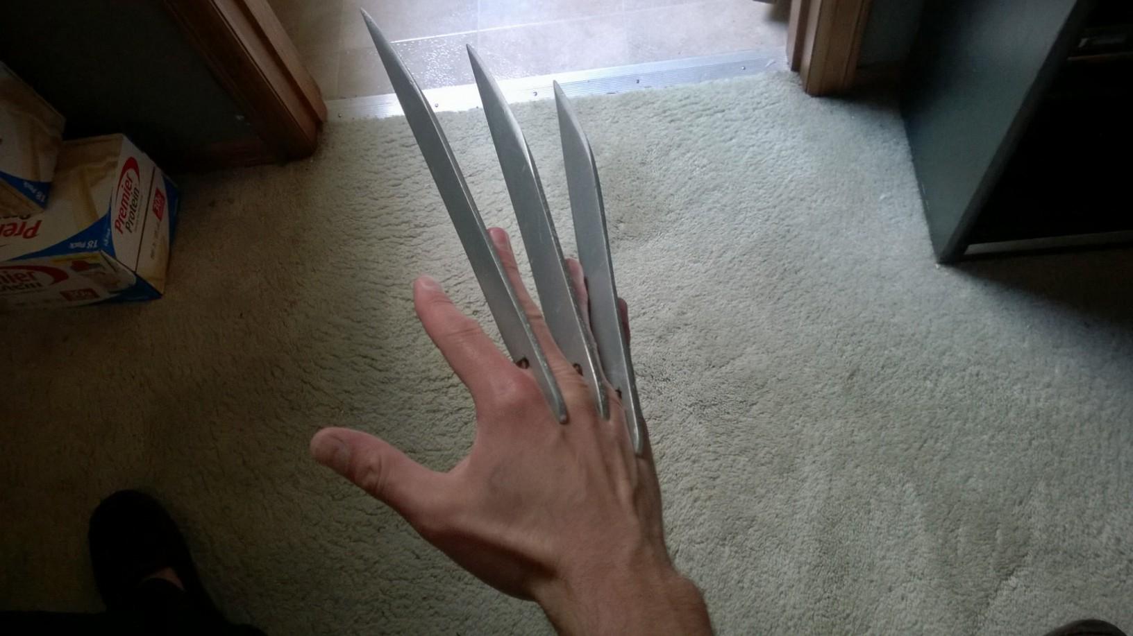 DIY Fiberglass Wolverine Claws