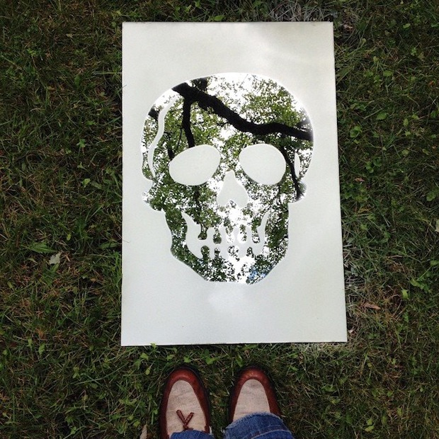 How-To: Frosted Skull Mirror