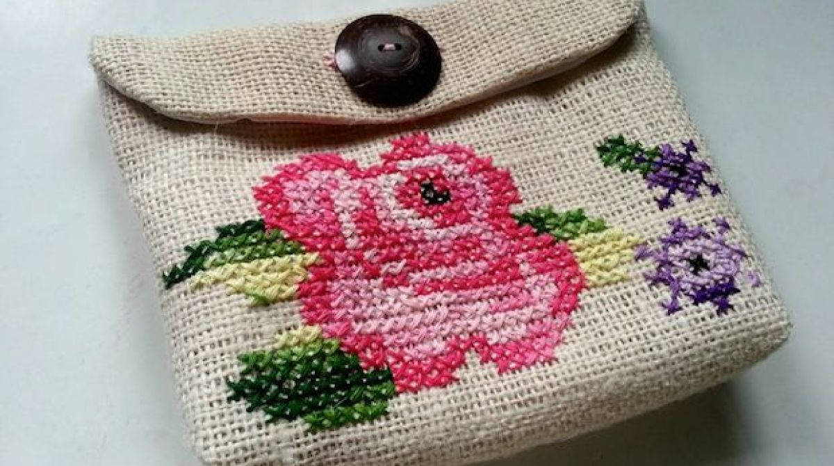 How-To: Vintage-Inspired Cross-Stitch Purse