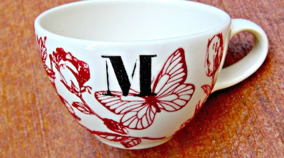 How-To: DIY Anthropologie-Inspired Mugs