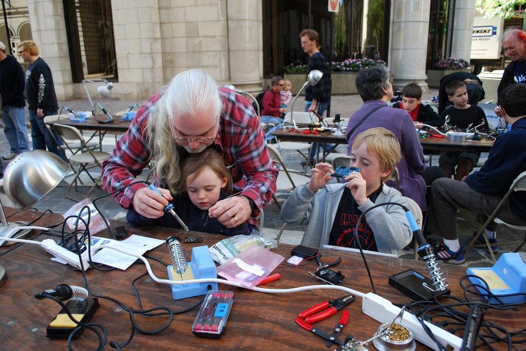 Rhode Island Mini Maker Faire this Saturday, October 11