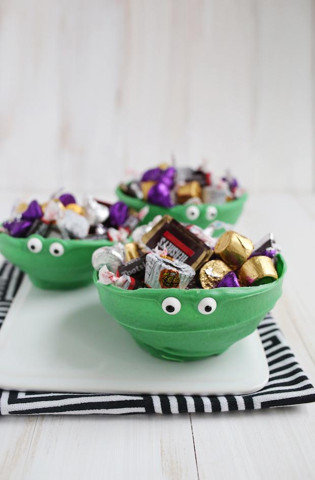 Recipe: Green Chocolate Monster Bowls