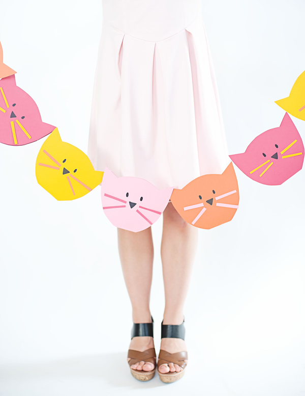 How-To: Bright Kitty Cat Garland