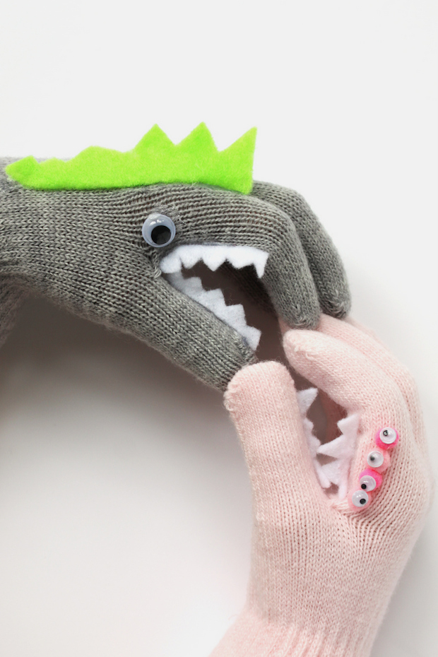 How-To: Monster Puppet Gloves