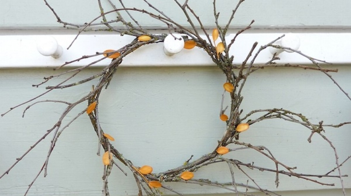 How-To: DIY Autumn Wreath and Printable Gift Tags