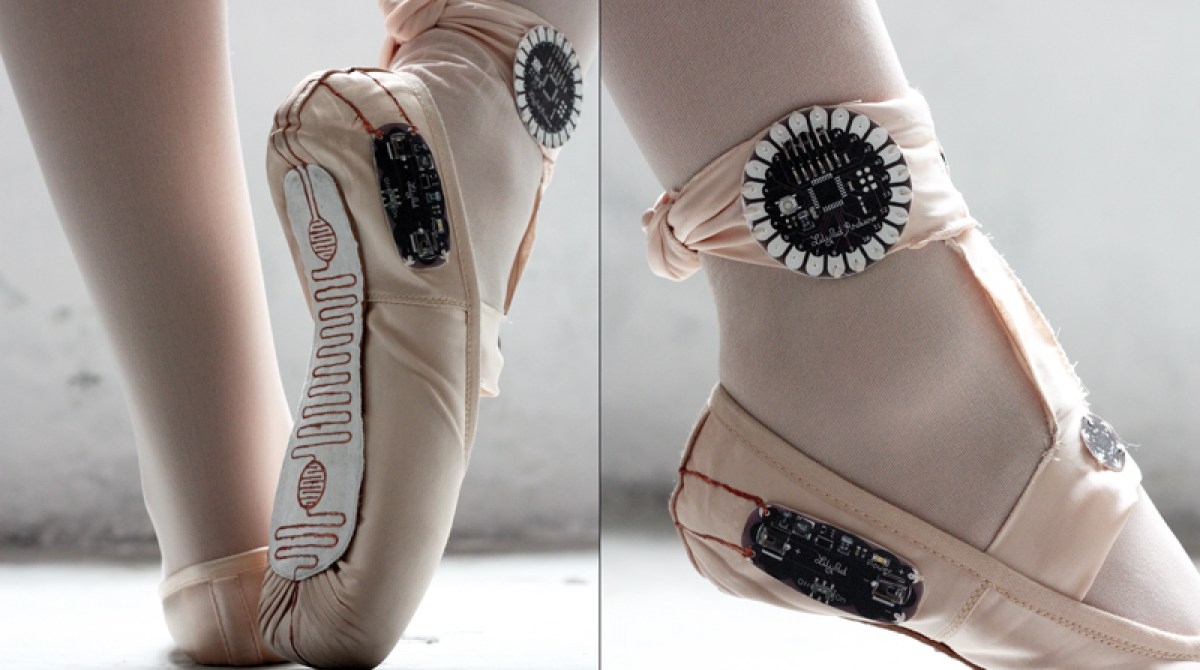 Ballet Slippers That Make Drawings from the Dancer's Movements