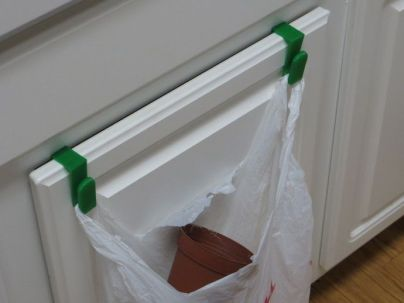 Cabinet Hanger for Grocery Bags
