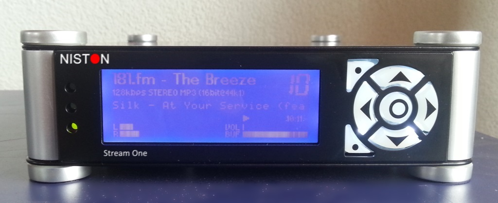 Building a Desktop Music Streamer From A Car Stereo