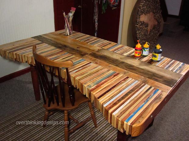 DIY Inspiration: Stacked Wood Pallet Desk