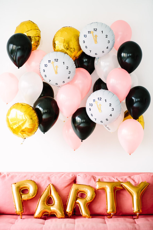 How-To: DIY Clock Balloons for New Year's Eve