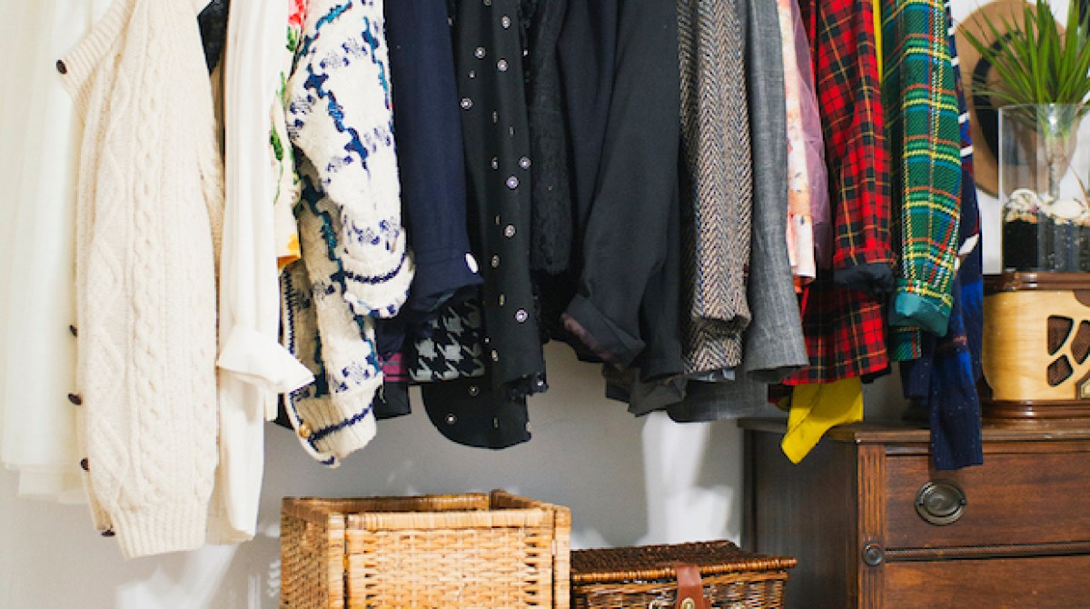 How-To: Hanging Copper Pipe Clothes Rack