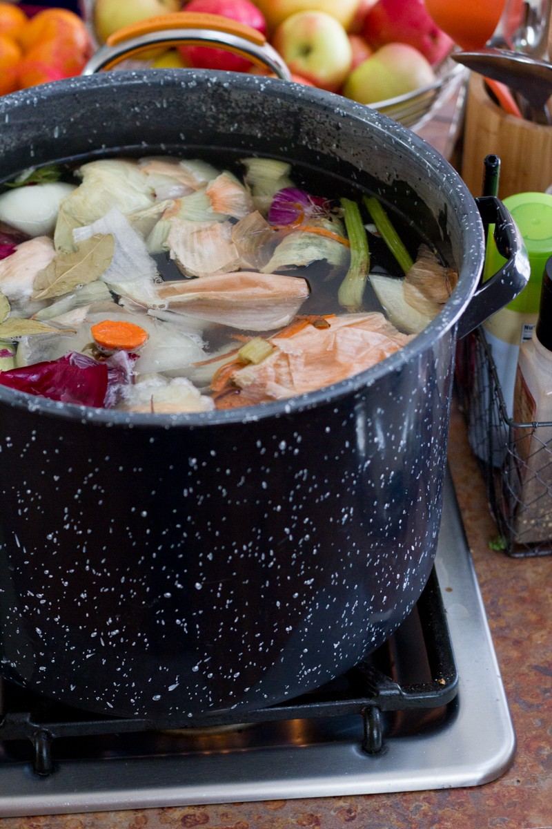 How-To: Lazy Homemade Chicken Broth
