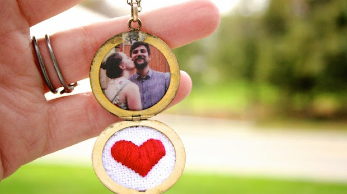 How-To: Embroidered Heart Locket
