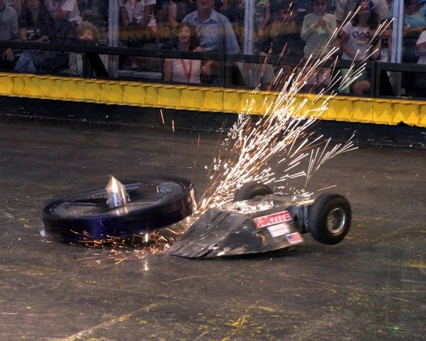 BattleBots Is Back, But Fighting Robots Never Went Away