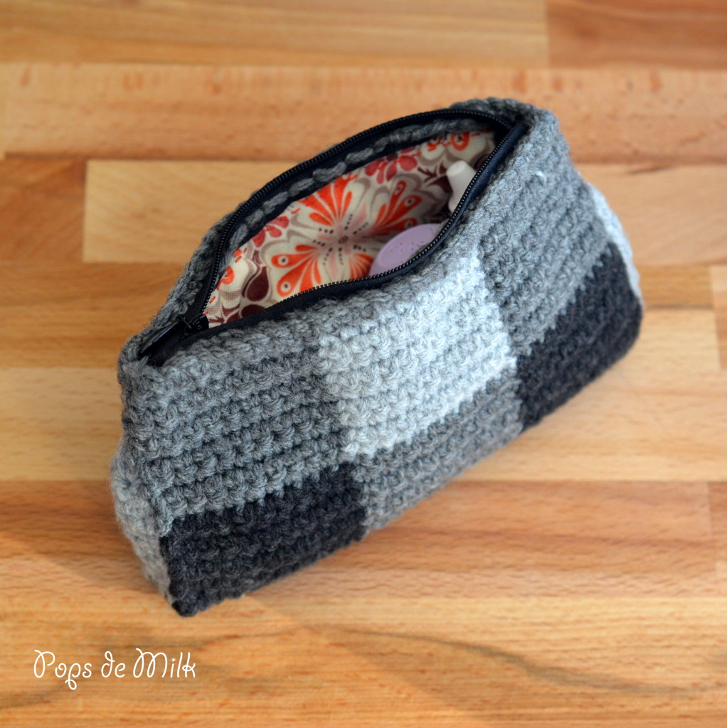 """Crochet This Zippered Pouch For All Your """"Junk"""""""