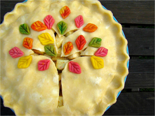 From Sweet to Savoury: 12 Pies That Will Satisfy Your Cravings and Creativity