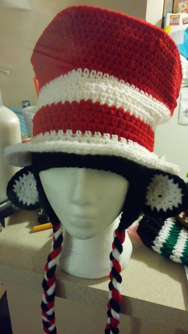 cat-in-the-hat-crochet