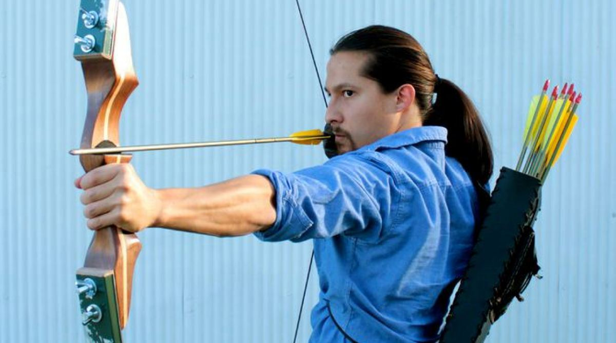Make a Collapsible Archery Bow from Old Skis