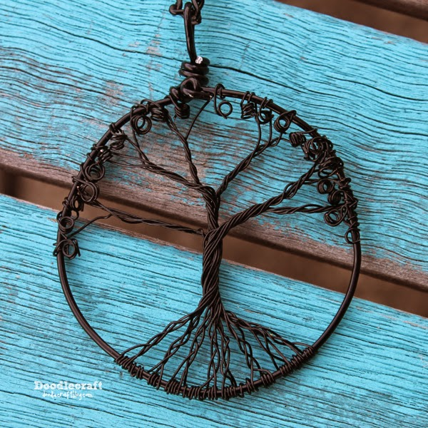 doodlecraft_tree_of_life_pendant_01