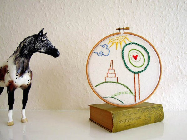 Sewing Tip: How to Finish an Embroidery Project in an Embroidery Hoop