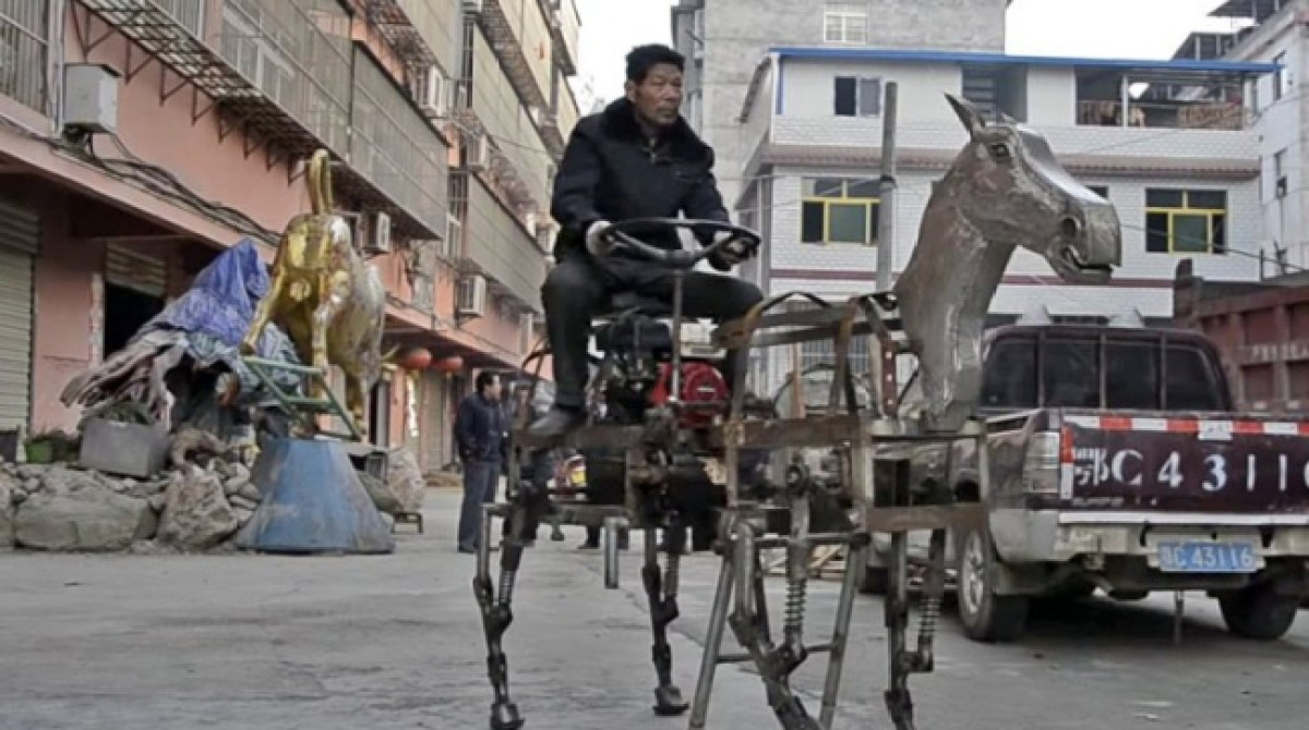 We Love This Guy: Chinese Farmer Builds Robot Horse From Scrap