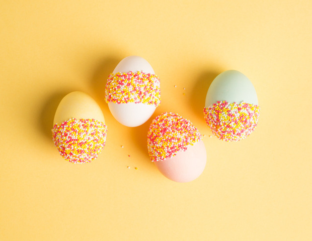 Decorate Your Easter Eggs With Sprinkles