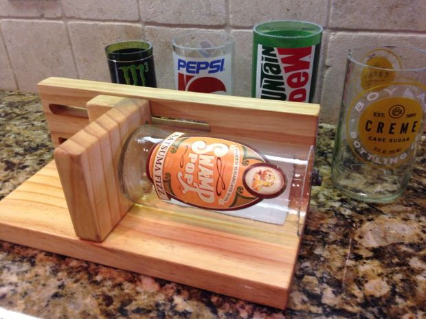 Build an Adjustable Bottle Cutter for 30-Second Clean Cuts - Make: - 웹