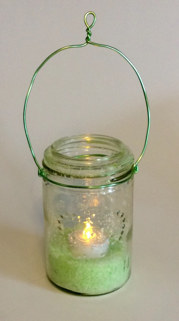Summer Essentials: Hanging Mason Jar Candle Holder