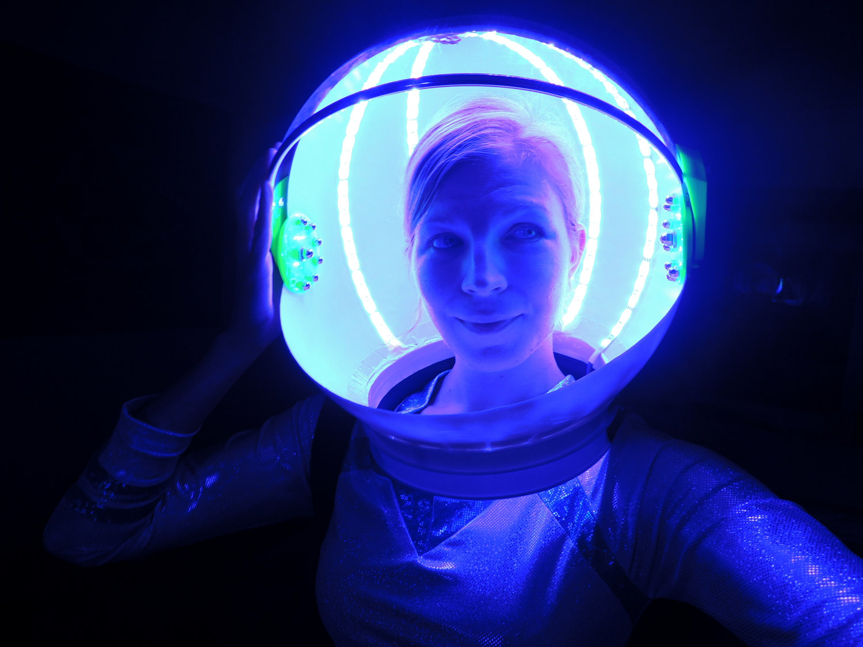Fun Fiber Optic Formalwear Illuminates the Dance Floor