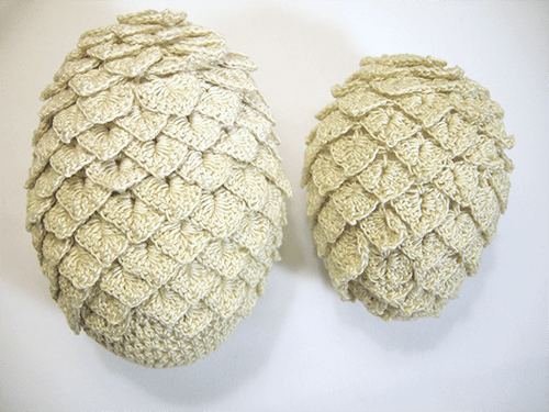 crocheted-dragon-eggs-1