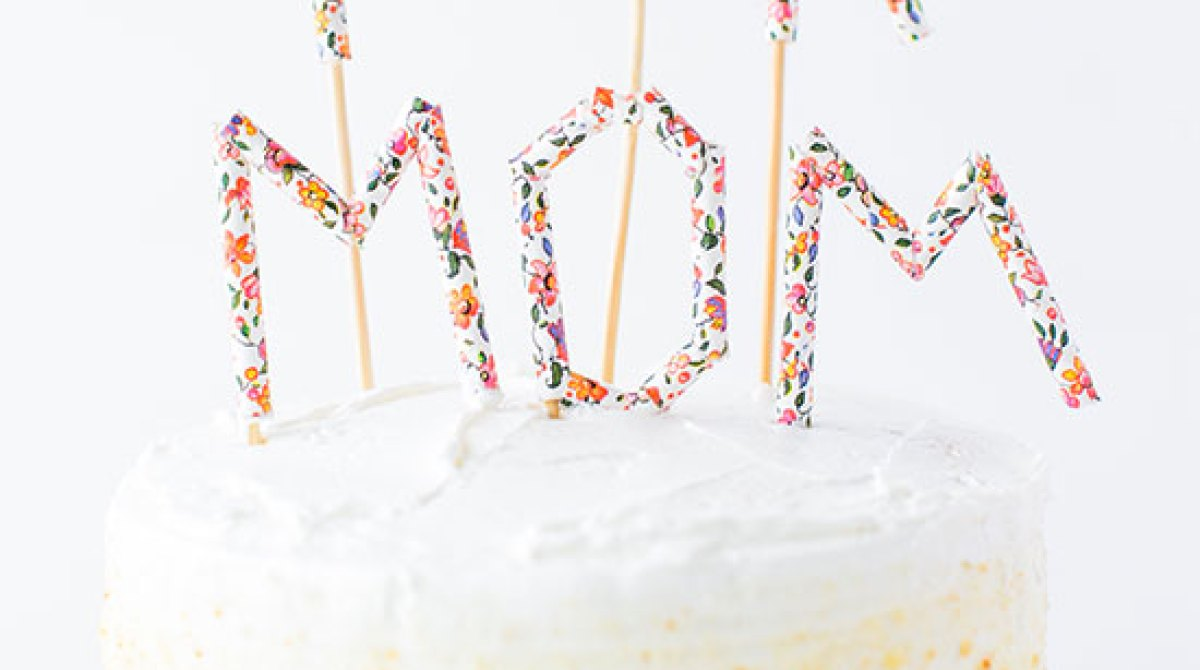 Make It for Mom: Paper Straw Message Cake Topper