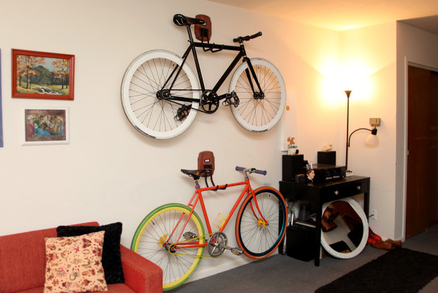 6 bike storage solutions you can build right now make slimmer this simple setup will allow you to fold your bike parallel to the ceiling creating more space for your suv minivan or gigantic robot solutioingenieria Image collections