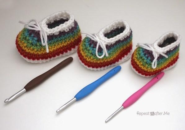 Handmade Baby: Crocheted Rainbow Baby Booties