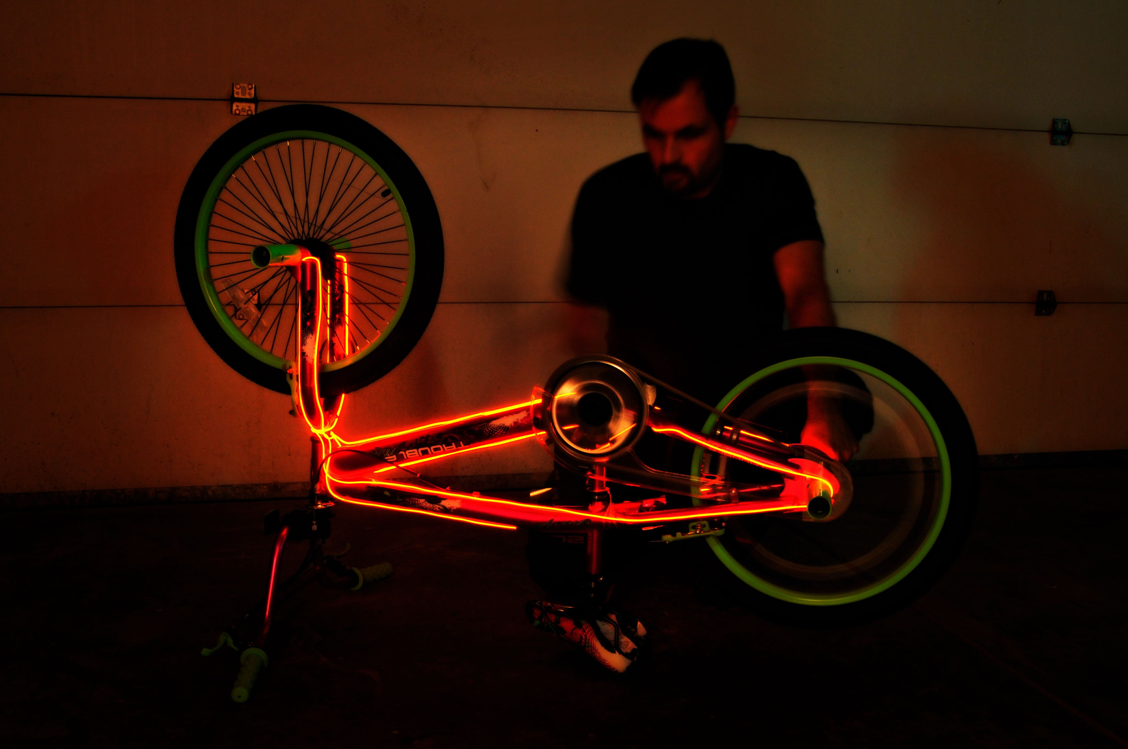 Gadgetize Your Bike with these 3 Projects