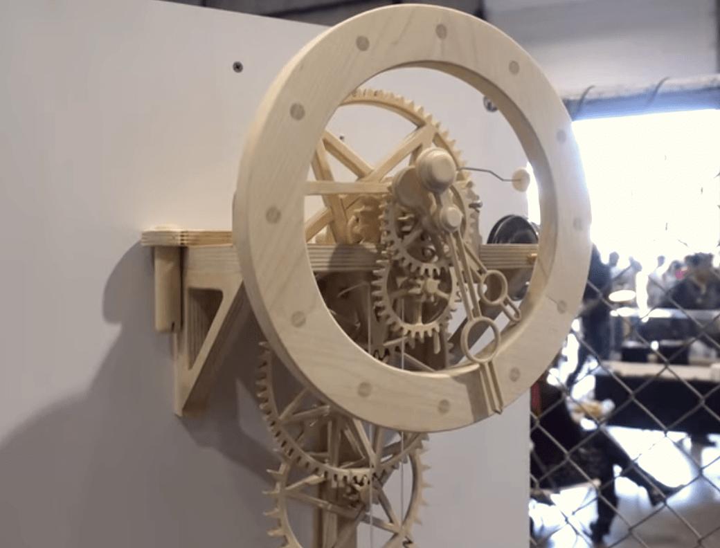 Handmade Wooden Wall Clock Keeps Surprisingly Good Time