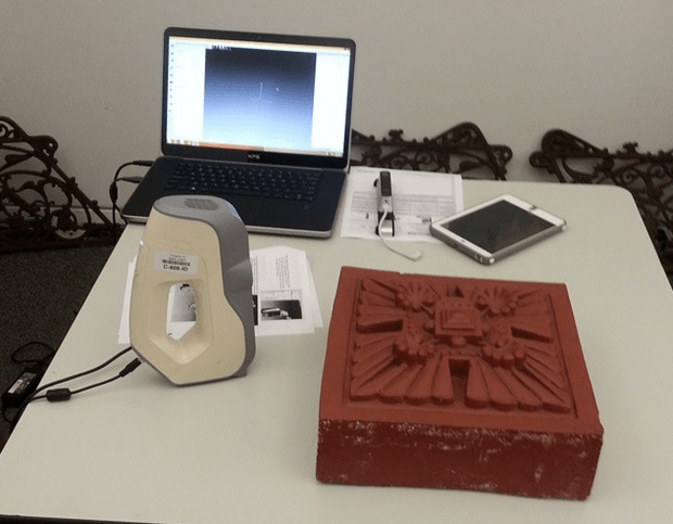 3D scanning Sullivan terracotta with Artec Eva at the Chicago Cultural Center